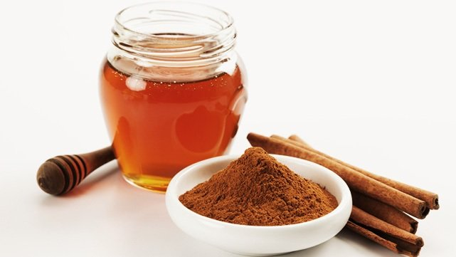 honey and cinnamon powder